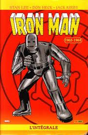1963년 마블 코믹스에 처음 등장한 아이언맨의 모습. 현재와는 큰 차이가 난다.