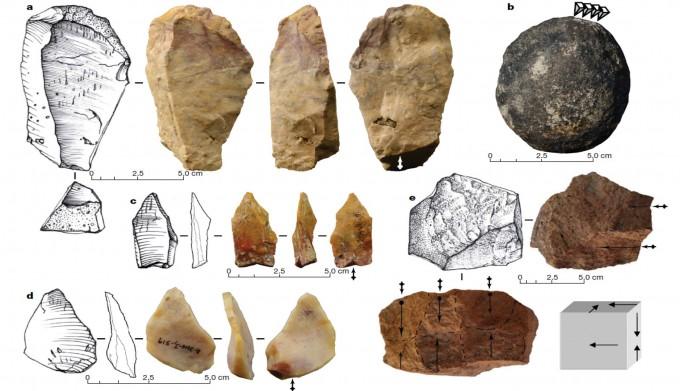 필리핀 북부 섬에서 발견된 70만 년 전 석기. -사진제공 네이처