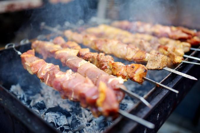 인간은 음식을 요리해 먹는 유일한 동물이다. 인류의 진화가 요리에서 시작되었다는 가설을 이른바 요리 가설이라고 한다. - GIB 제공