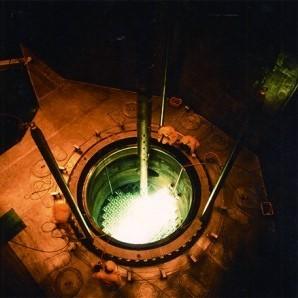 우라늄의 핵분열을 유도하는 원자로. 북한은 5MW급 원자로로 플루토늄을 생산해왔다. - 동아일보 제공