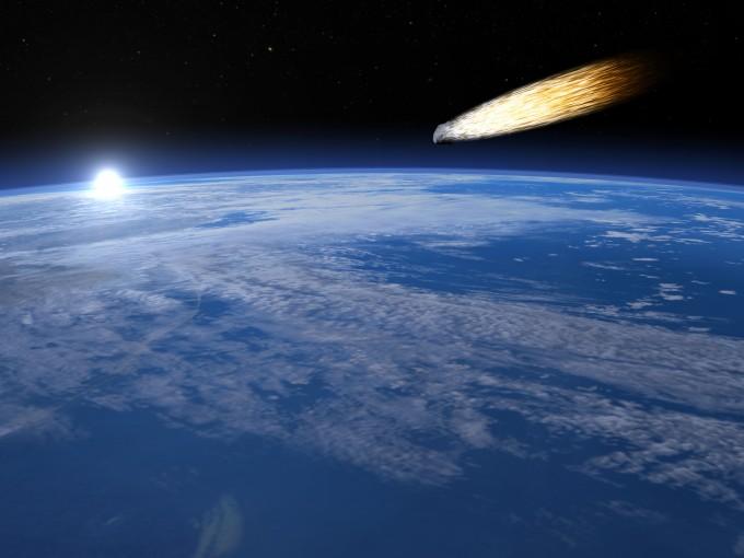 지구로 향하는 소행성의 모습을 그린 상상도. 우주에는 40m급 작은 소행성만 100만 여 개가 떠도는 것으로 추정된다. - GIB 제공
