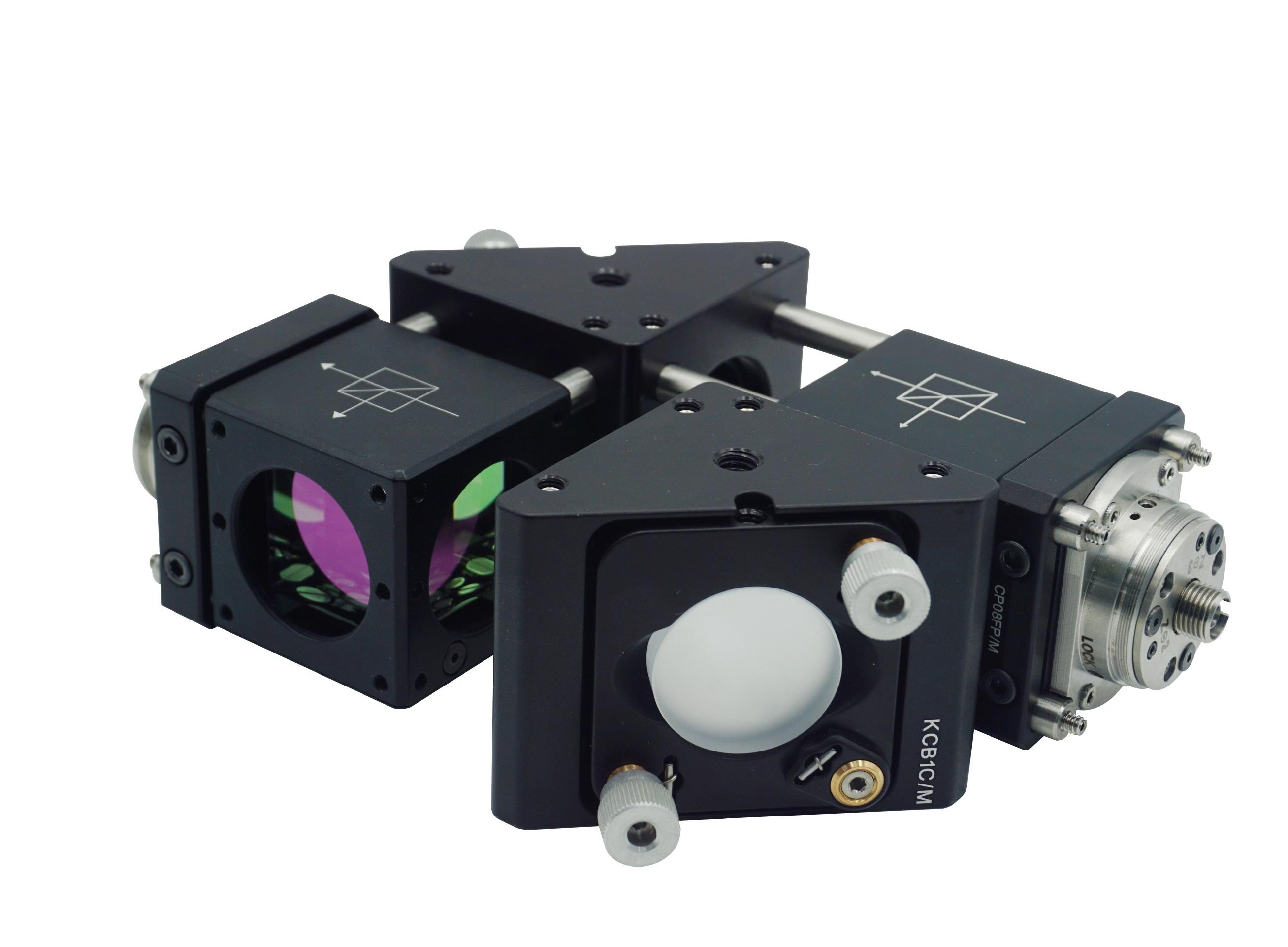 ▲  KRISS 기술을 기반으로 상용화한 '대형 유리기판 두께 및 굴절률 측정 센서' - 한국표준과학연구원