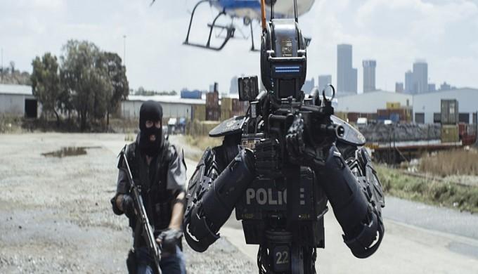 채피는 상용화 돼 있는 경찰로봇 중 한 대에 인공지능 프로그램을 심어서 만들었다. 유니버설픽쳐스인터내셔널코리아