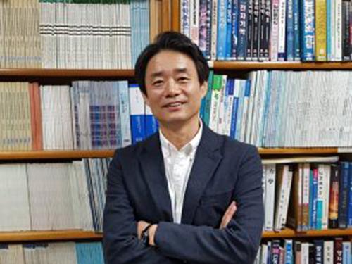 송진웅 서울대학교 물리교육과 교수 (한국과학교육학회장)