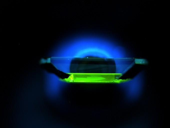 인공 다이아몬드가 실리콘 불순물을 품도록 만들면 양자컴퓨터에 이용할 수 있다는 연구 결과가 나왔다. -사진 제공 사이언스