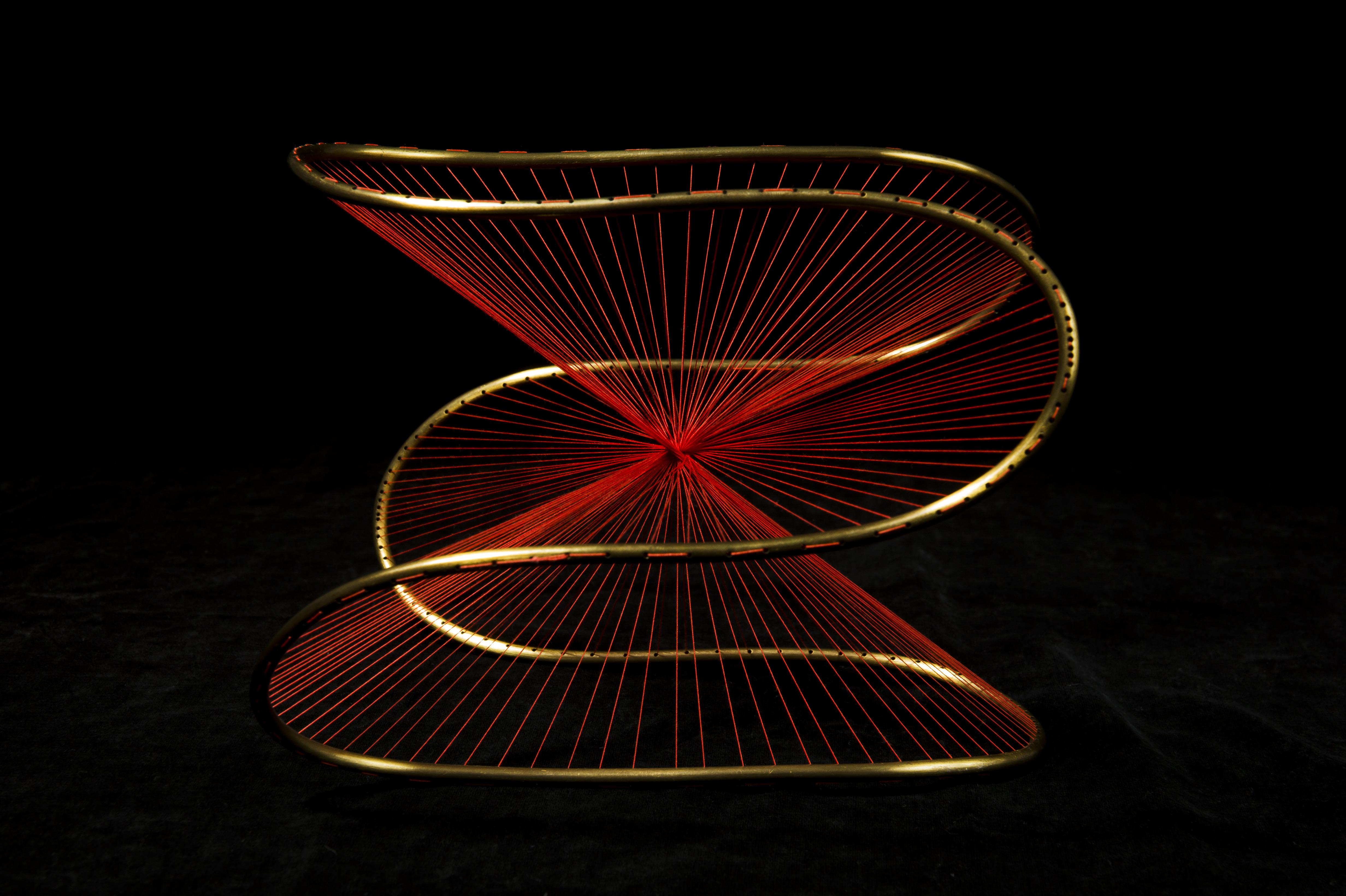 수학자 조셉 까롱이 학생들 교육용으로 만들었던 수학 모형은 현재 예술적 가치를 인정받아 푸앵카레연구소 및 프랑스 내 과학관 여러 곳에서 전시 중이다 - 수학동아 제공