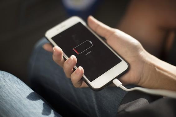 수십 초 만에 휴대폰 완충…KAIST, 新 에너지 저장 소자 개발
