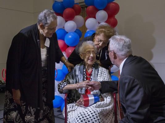 100번째 생일 맞은 '히든 피겨스' 주인공