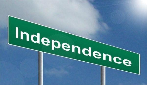 2 독립은 인디펜던스, 즉 의존성에서 벗어나는 것이다. 타고난 의존성을 전부 없애는 것은 불가능하지만, 적절한 수준에서 타협할 수 있다면 오히려 뜻밖의 잠재력이 터질 수도 있다. - 픽서브 제공