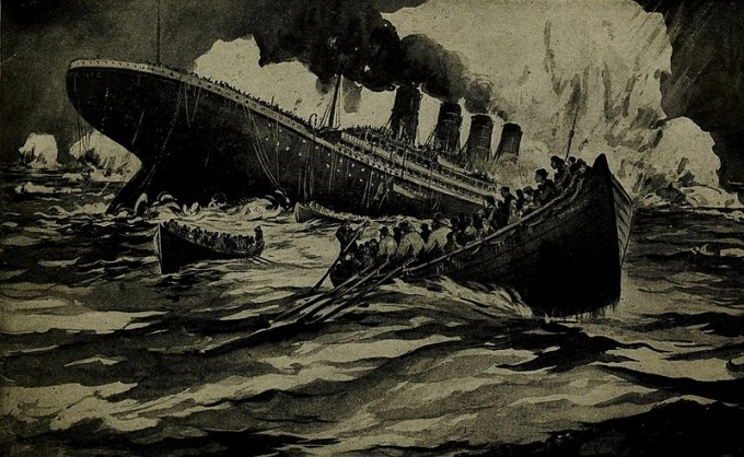 타이타닉 호의 침몰(1912년 작). 그림과 달리 타이타닉은 선수부터 침몰을 시작했는데, 그래서 일시적으로 선미가 하늘로 솟구쳤다. 많은 사람들이 살기 위해 고물로 도망쳤지만, 결국 먼저 빠진 선수의 뒤를 따라 바다 속으로 가라앉을 운명이었다. - 위키피디아 제공