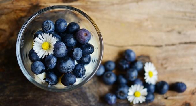 블루베리, 포도, 딸기 등에 많이 함유된 항산화 물질인 폴리페놀은 차에도 다량 함유돼 있습니다. - 픽사베이 제공