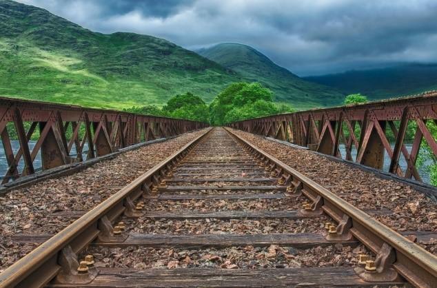인간은 흔히 공간에 대한 인지적 개념을 통해 시간을 인식한다. 그러한 인식 속에서 우리는 기차가 되고, 인생은 철로가 되며, 삶의 과제는 기차역으로 은유된다. - 픽사베이 제공