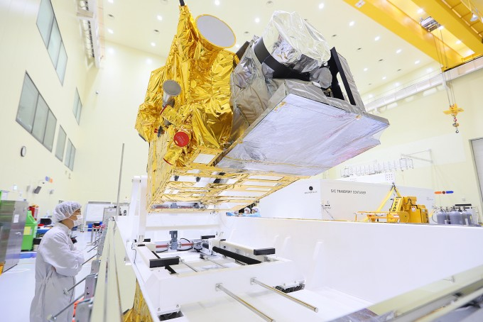 정지궤도복합위성 천리안2A호. 한국항공우주연구원 제공