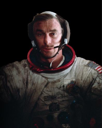 아폴로 17호에 탑승했던  우주 비행사 '유진 서난'은  달 먼지가 묻은 우주복을  입고 지구로 귀환했다. - NASA 제공