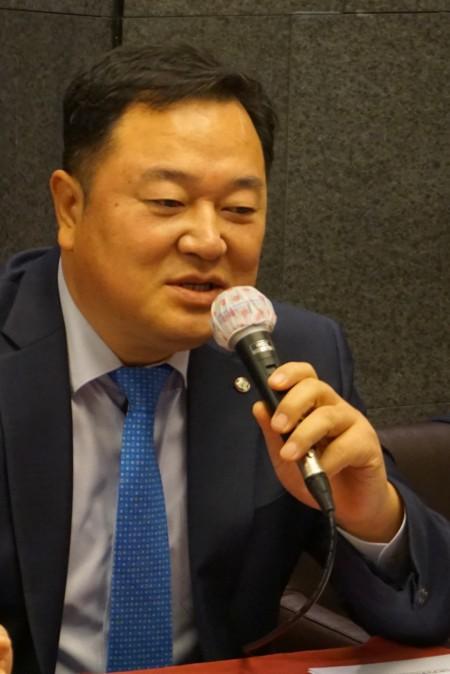 11일 기자간담회에 참석한 김장성 한국생명공학연구원장 - 사진제공 한국과학기자협회