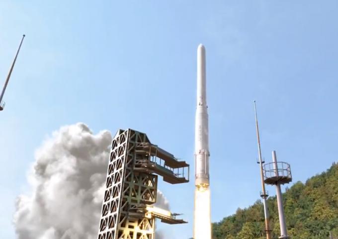 한국형발사체(KSLV-Ⅱ) '누리호' 발사 상상도. 28일 누리호의 주 엔진인 75t급 액체엔진을 검증하기 위한 시험발사체가 발사된다. 누리호 발사는 2021년 2월(1차), 2021년 10월(2차)로 예정돼 있다. - 한국항공우주연구원 제공