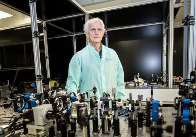 도나 스트리클런드 교수의 스승이기도 한 제라르 무루 교수는 지금도 세계 고출력 레이저 기술을 선도하는 연구를 계속하고 있다. Ecole polytechnique(F) 제공