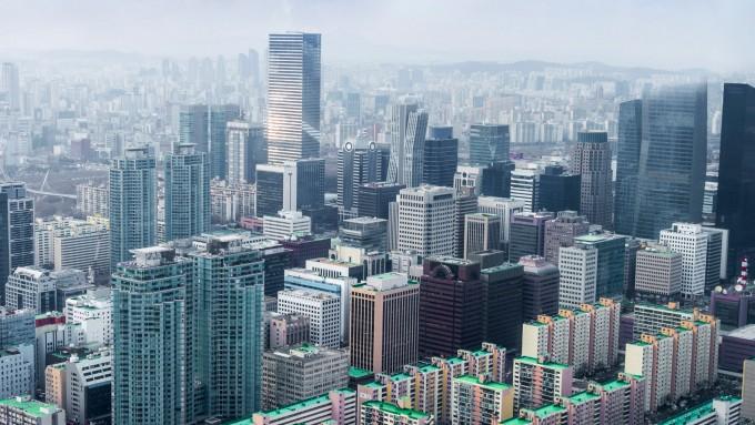 [프리미엄 리포트] 메트로폴리탄은 '태양의 도시'로 변신 중