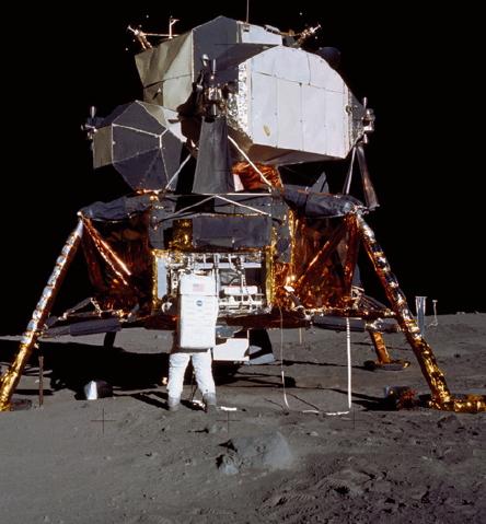 1969년 7월 20일 최초의 달 유인 탐사에 성공한 '아폴로 11호'는 NASA 역사상 단연코 가장 위대한 업적으로 꼽힌다.