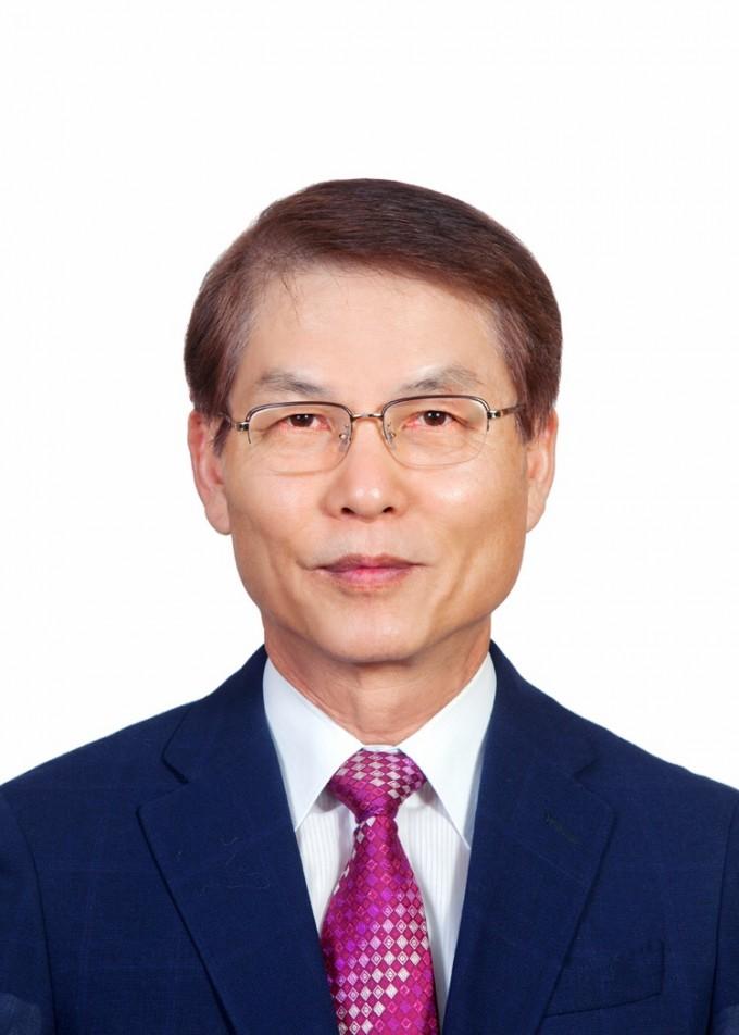 김유항 인하대 명예교수