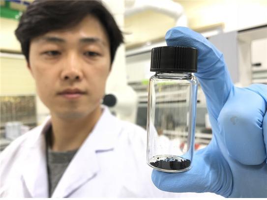 연구팀이 개발한 나노 촉매. - 사진제공 KBSI