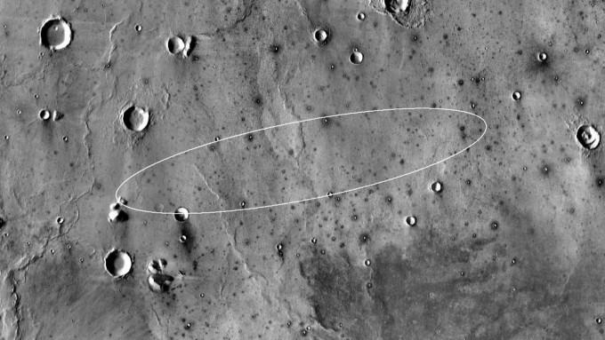인사이트의 착륙지는 화성의 엘리시움 평원입니다. 긴 지름이 약 130km, 짧은 지름이 약 27km에 이르는 타원 안에 착륙할 예정입니다. NASA 제공
