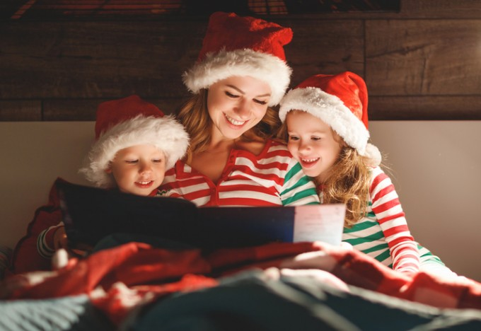 산타에 대해 거짓말은 ′하얀 거짓말′일까 아이들에게 피해를 입힐까. 게티이미지뱅크