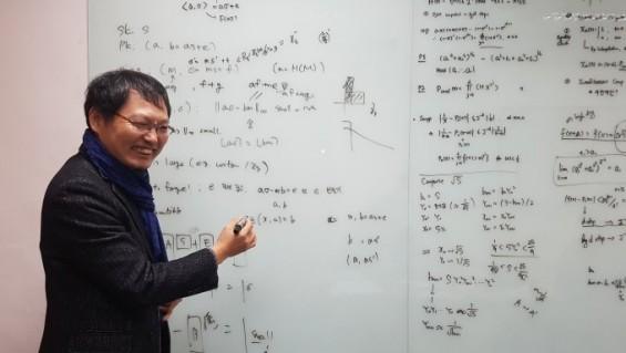 '이달의 과학기술인상'에 천정희 서울대 교수