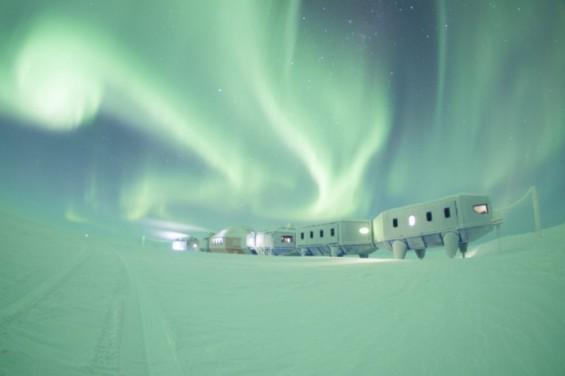 """""""우주의 속삭임을 들어라"""" 英연구진, 남극서 포착한 우주날씨 소리  공개"""