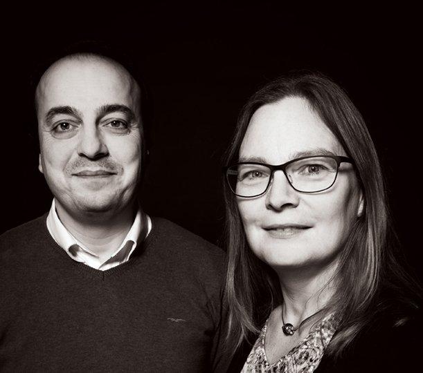 샬로타 터너 스웨덴 룬드대 교수(오른쪽)은 4년 전 제자였던 피라스 주마(왼쪽)가 IS 점령지에 갇히자 용병을 고용해 구출했다고 룬드대 잡지 ′LUM′과의 인터뷰에서 밝혔다. -캐닛 루오나 제공