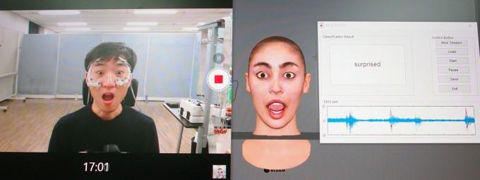 """""""놀랐니? 나도 놀랐어."""" 임창환 한양대 전기생체공학부 교수팀이 개발한 표정 재현 기술을 직접 시연해 봤다. 놀란 표정을 짓자 분신(아바타)도 따라서 놀란 표정을 짓고 있다. 가상현실(VR) 기기와 얼굴이 닿는 부위에 설치한 전극 8개로 미세한 근전도(피부로 전해지는 전류)를 측정해 표정별 패턴으로 표정을 인식하고 재현한다. -윤신영 기자"""