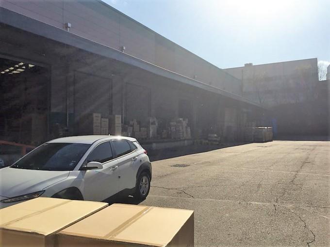 홈케어가 수거 제품인 ′에버조이 잠드림 메모리폼 베개′를 보관하고 있는 경기도 광주에 있는 홈케어 물류창고. - 광주=고재원 기자 jawon1212@donga.com