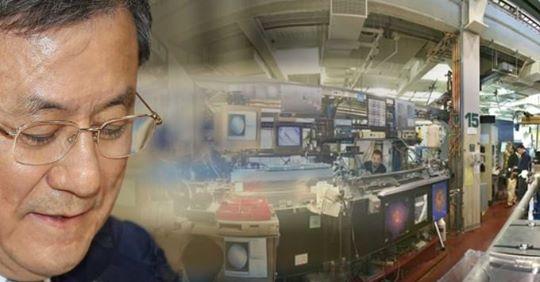 로렌스버클리국립연구소(LBNL) X선 연구센터와 신성철 KAIST 총장.