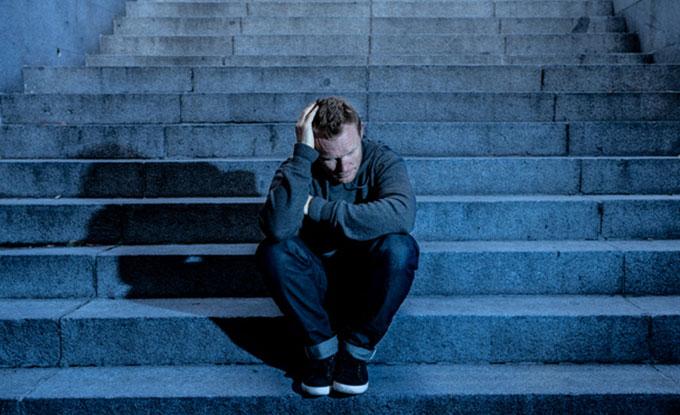 우울증 환자들의 경우 조금 나쁜 걸 최악인 일로 생각하는 등 부정적인 방향으로 생각하는 정도가 심하다. 게티이미지뱅크