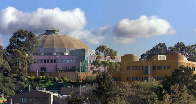 미국 캘리포니아 주 로렌스버클리 국립연구소(LBNL). 신성철 KAIST 총장은 대구경북과학기술원(DGIST) 총장 시절 국가 연구비를 횡령해 2013년부터 22억 원에 이르는 돈을 LBNL X선 연구센터에 보내 절반 가량을 제자 인건비 등으로 사용한 혐의를 받고 있다. - LBNL 제공