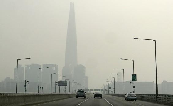전국 17개 시·도 전부 대기환경기준 초과…최대 3.9배로 웃돌아