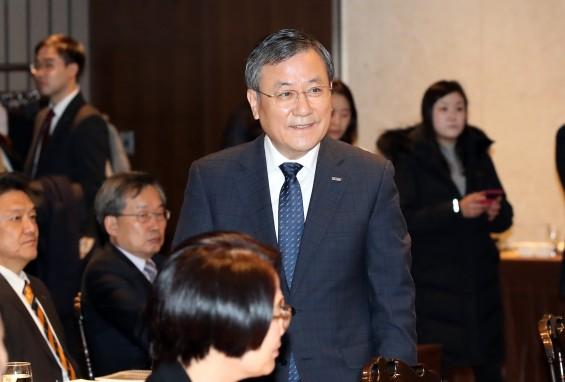공식 활동 나선 신성철 KAIST 총장