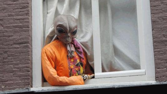 옆집에 사는 외계인