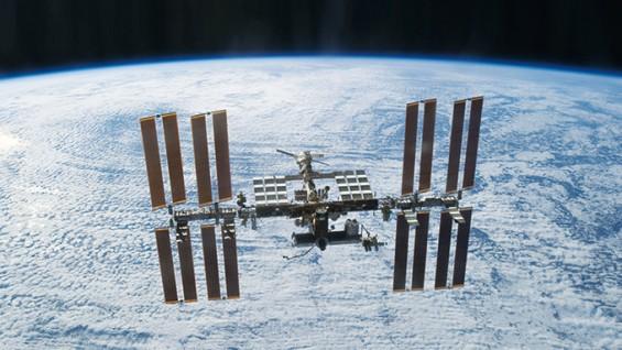 ISS로 간 식중독균, 우주 생활 적응 중