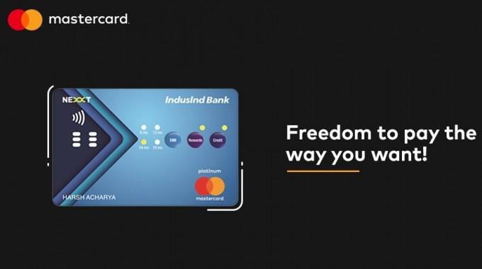 인도의 한 은행이 9일(현지시각) 내장된 버튼을 통해 지불방식을 결정할 수 있는 신용카드를 개발했다고 CES2019에서 밝혔다. 소비자의 결제방식이 판매자에게 공개되는 것을 막아 개인정보보호에 도움이 될 것이란 평이 있다. - Mastercard India 제공