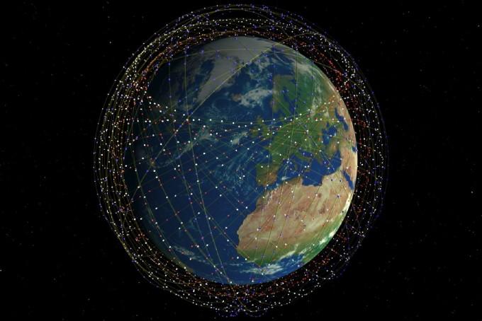 스페이스X가 추진 중인 글로벌 우주 인터넷 스타링크(Starlink) 운용 개념도. - 스페이스X 제공
