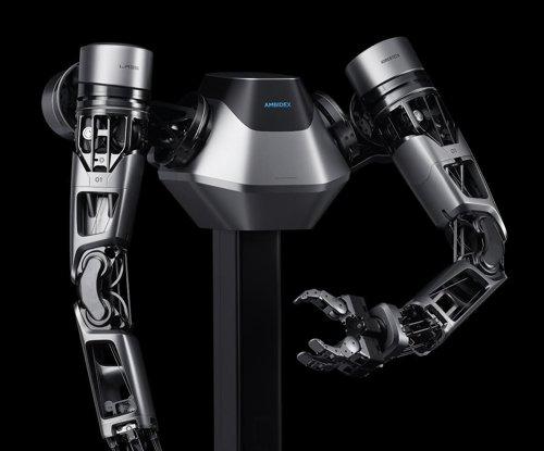 사진은 네이버가 이번 전시회에 소개하는 ′브레인리스 로봇′. 네이버는 지난 2017년 처음 선보인 로봇팔 ′앰비덱스′를 퀄컴과 협력해 5G 이동통신 기술을 적용했다.