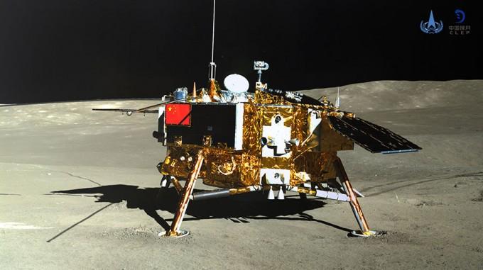 위투 2호가 성공적으로 달 뒷면에 안착한 창어 4호의 모습을 촬영했다. -중국국가항천국 제공