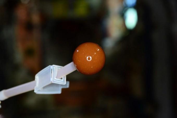 스콧 켈리 ISS 우주비행사가 마신 커피의 마지막 한 방울. 우주에서는 중력이 없어 커피를 컵에 담아 마실 수 없다. 스콧 켈리 트위터