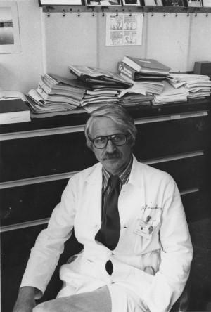 미국 터프츠대의 의학자 어윈 로젠버그 교수는 1989년 한 학술지에 발표한 글에서 근감소증(sarcopenia)이란 신조어를 만들어 처음 사용했다. 사진은 1979년 시카고대에 재직할 당시 모습이다. 시카고대 제공