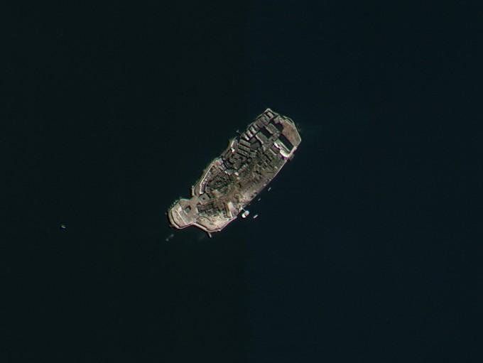 일제시대 강제징용지였던 일본 하시마 섬(군함도)의 모습. 다목적실용위성3호로 지난 13일 촬영했다. 사진 제공 과학기술정보통신부