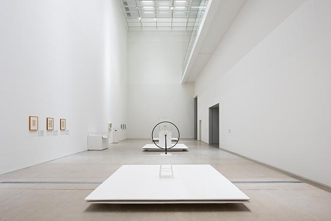 자전거 바퀴 - 1913, 금속 바퀴, 130cm×64cm×42cm. Association Marcel Duchamp / ADAGP, Paris-SACK, Seoul, 2018