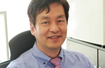 모유두세포를 대량으로 생산하는 기술을 개발한 성종혁 연세대 교수. 동아일보 DB