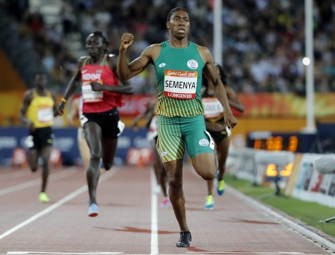 2018 영연방경기대회 여자 육상 800미터 경기를 우승한 캐스터 세메냐(Caster Semenya) 선수. AP/연합뉴스