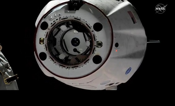 스페이스X '크루드래건' ISS에서 분리...밤 10시 45분께 바다 떨어질 듯